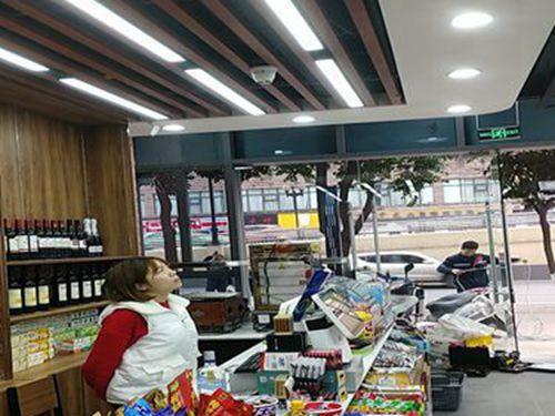 超市監控攝像頭安裝
